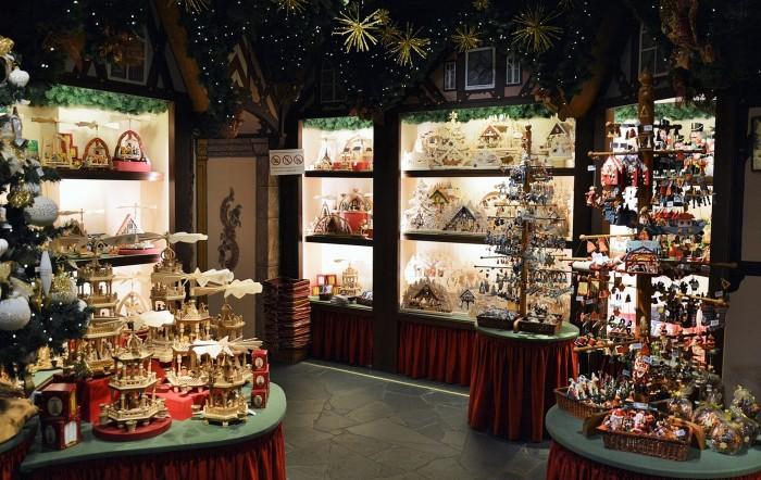 Rothenburg Christmas shop Käthe Wohlfahrt 7